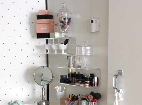 Cool Makeup Storage Ideas For Small Spaces
